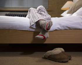 Що робити, якщо ночами крутить ноги? фото