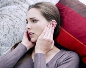 Що робити, якщо заклало і болить вухо? фото