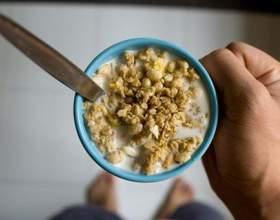Що потрібно їсти при артрозі колінних суглобів, якою має бути правильна дієта? фото