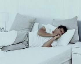 Як лікувати сухий кашель ночами? фото