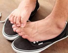 Як правильно користуватися дезодорантом для ніг? фото