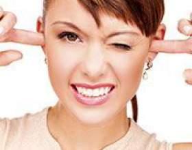 Як витягнути з вух: сірчані пробки, вату, воду. В домашніх умовах фото