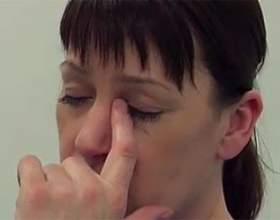 Чому болить голова і обличчя фото